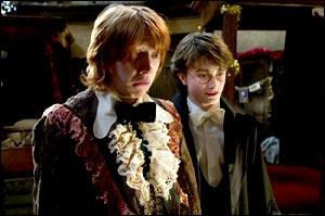 ron-weasley-dress-robes